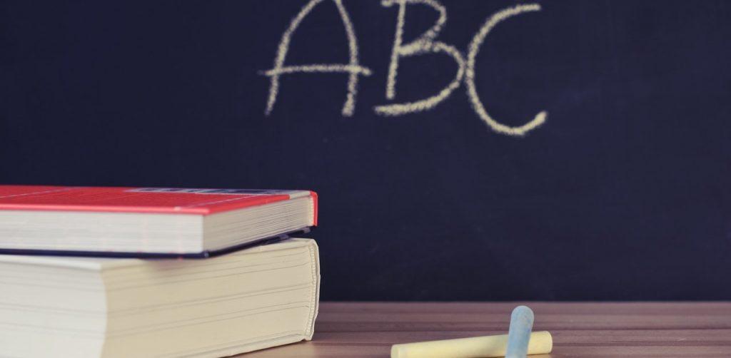 come insegnare a un bambino dislessico a studiare